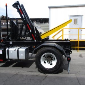 SCD/R Container Delivery Truck